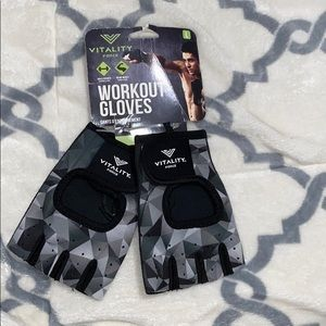 NWT men's workout gloves size large